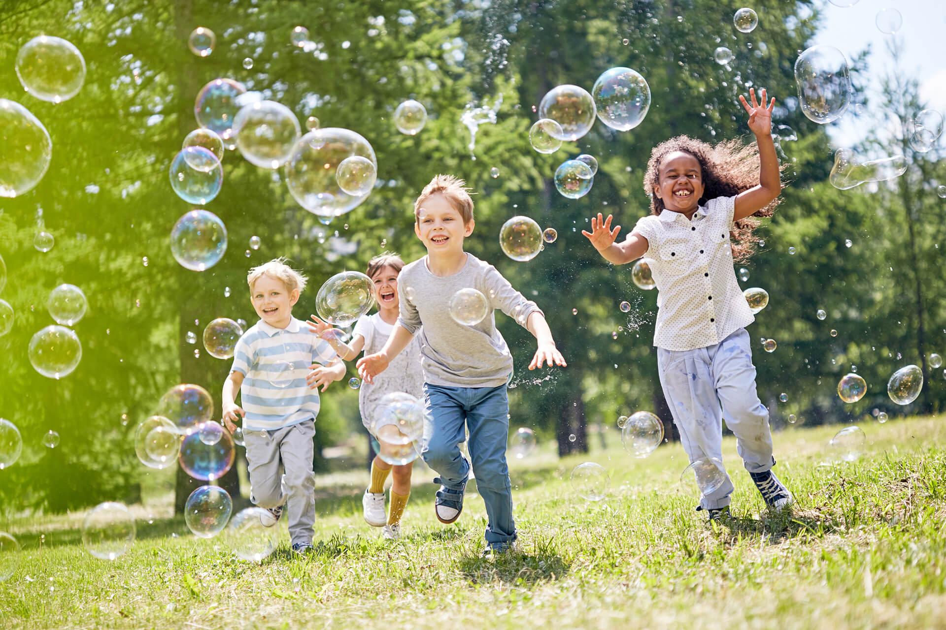 5 giochi da fare all'aperto alla festa di compleanno di bambini